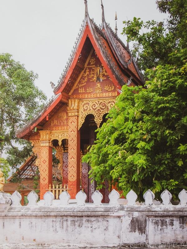 Один из храмов в Луанг Прабанге