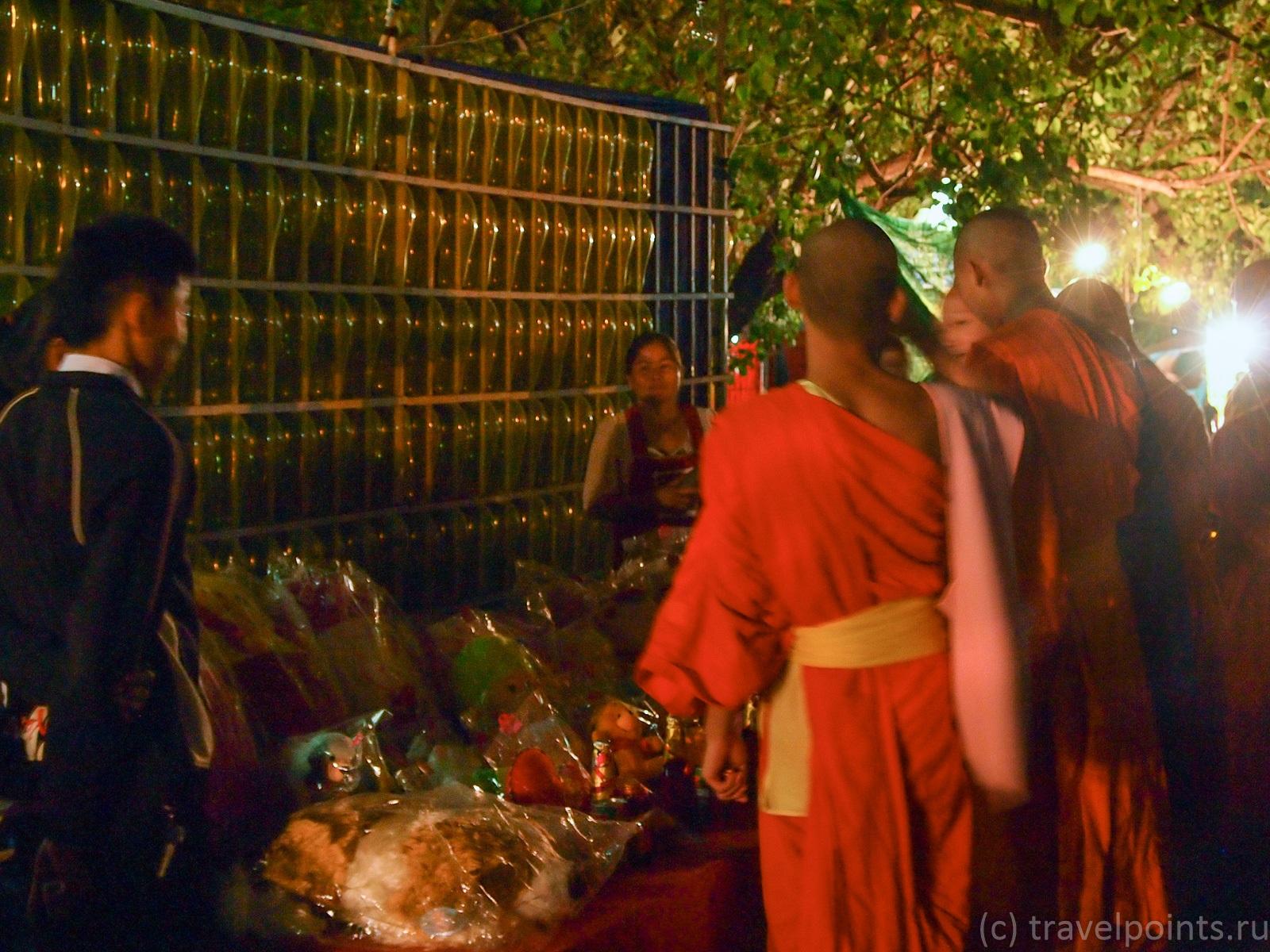 Монахи в шариковом тире