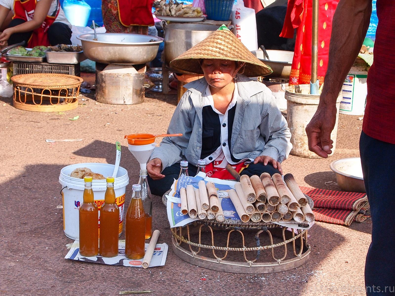 Мед и рис в бамбуке