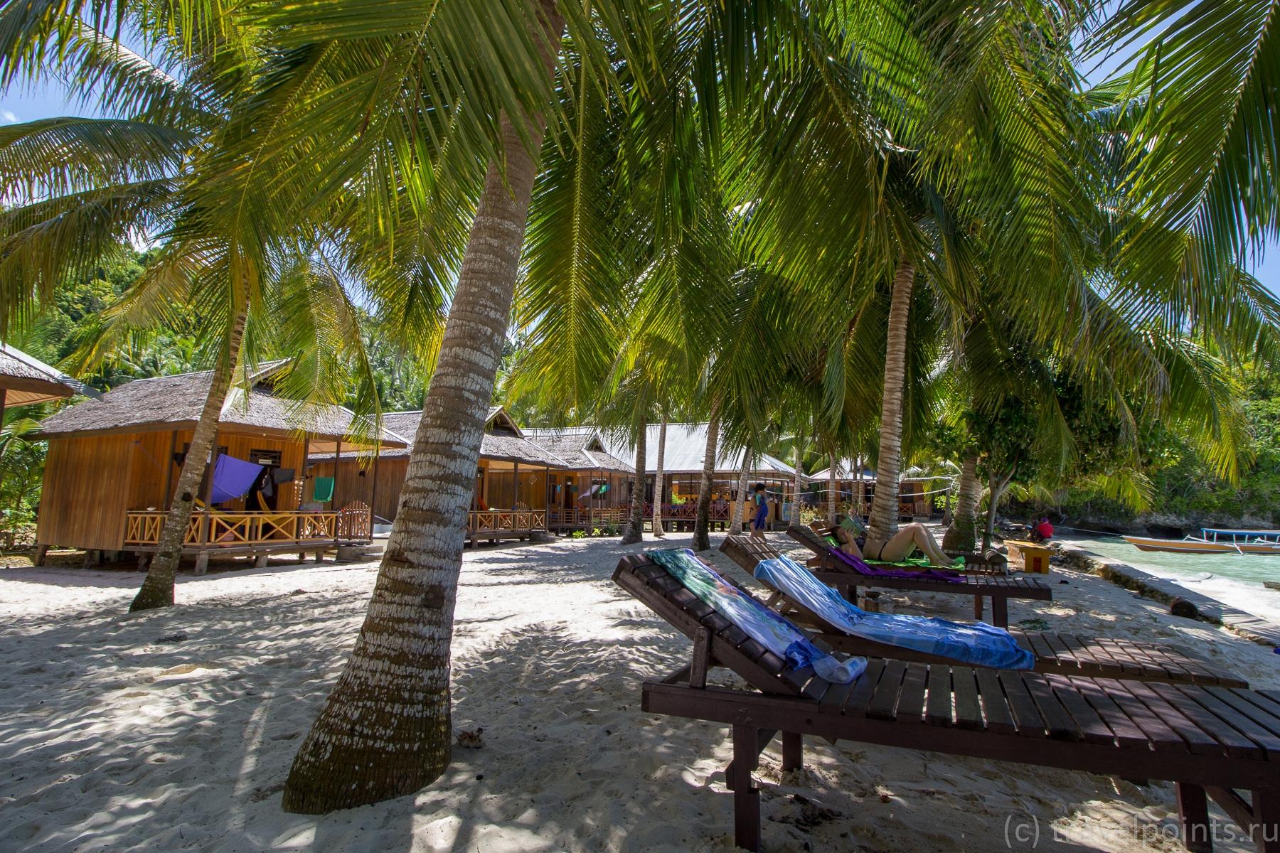Сера бич, домики и пляж