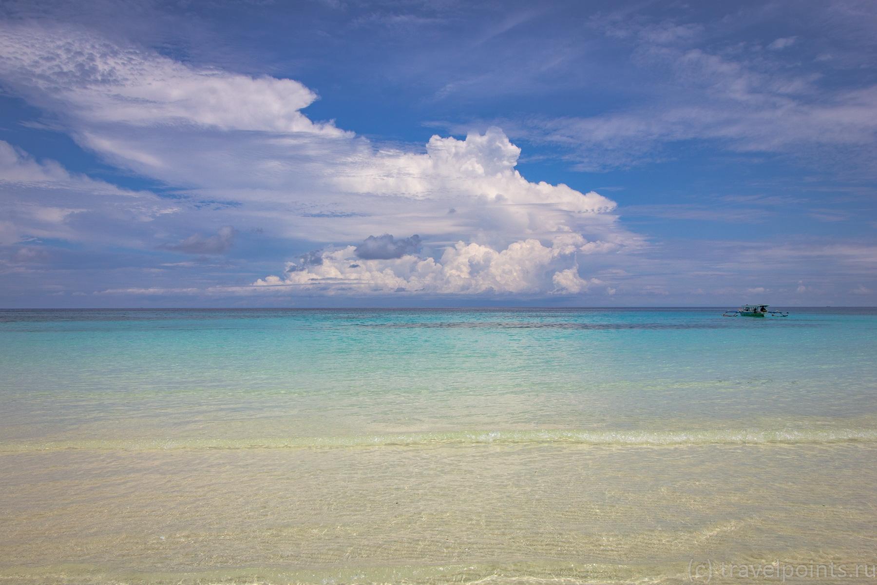 Просто море и небо