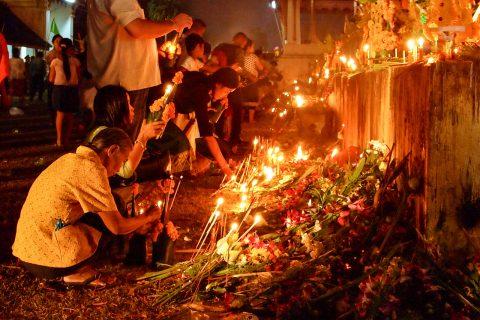 Фестиваль Тат Луанг в Лаосе